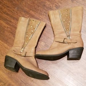 Body central tan boots size 6